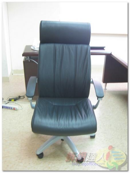 辦公家具-OA辦公主管椅