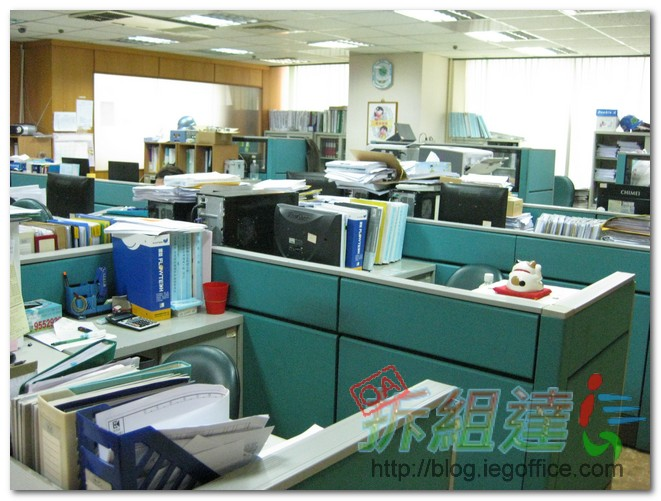 二手辦公家具-辦公屏風
