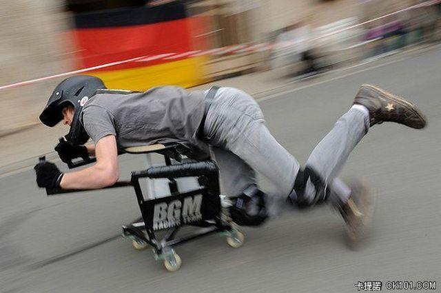 辦公椅賽車