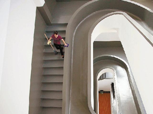 辦公室溜滑梯
