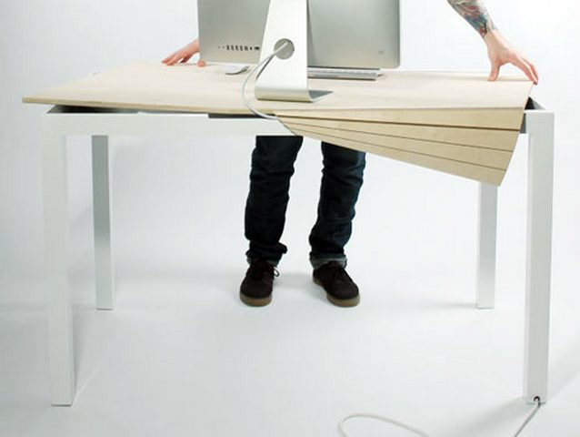 TAMBOUR TABLE