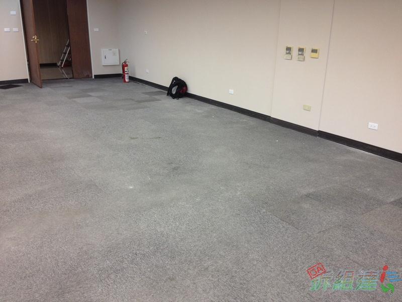 劣質中國製瀝青底方塊地毯